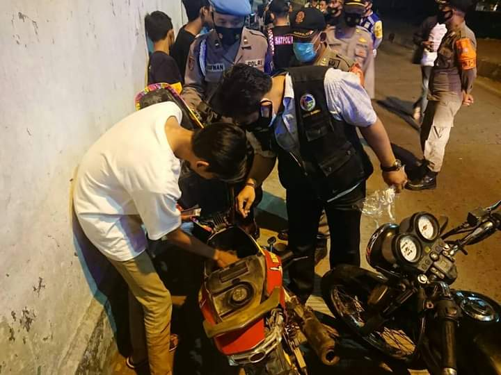 Razia Preman, Polres Jombang Hanya Temukan Remaja tak Patuh Prokes