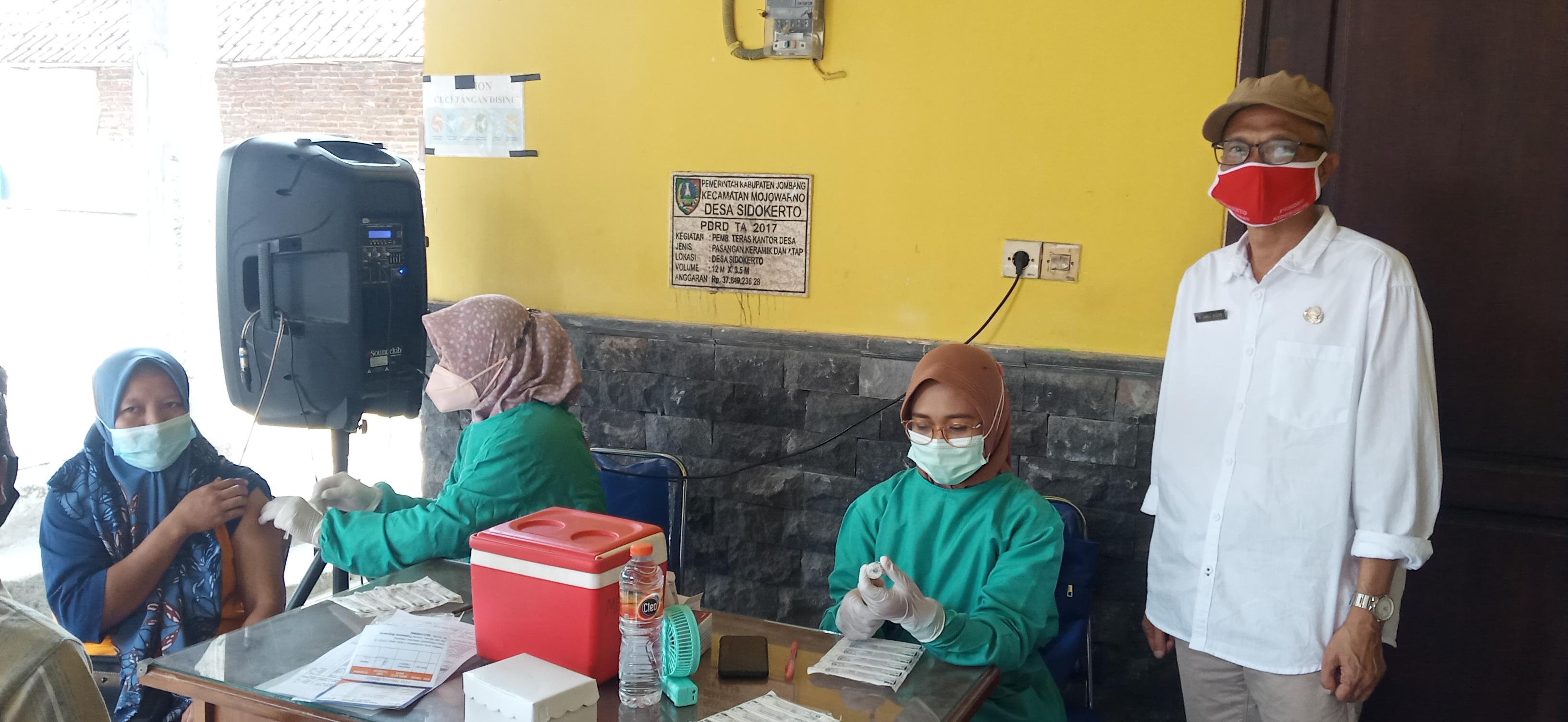 400 Warga di Jombang Ikuti Vaksin Tahap Dua