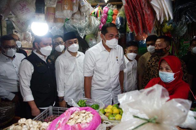 Jaga Stabilitas Harga Sembako, Eri Cahyadi Dipuji Menteri Perdagangan