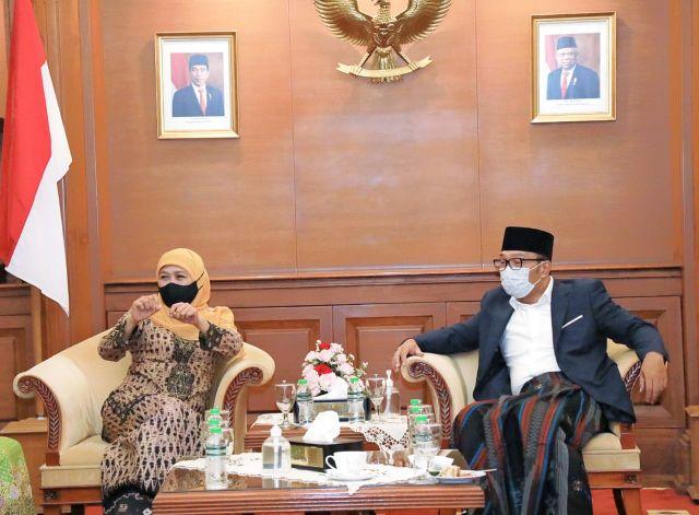 Khofifah Minta Ridwan Kamil Desain Masjid di Islamic Centre Jawa Timur