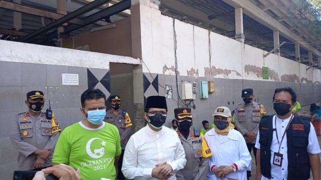 Wagub Emil Apresiasi Masyarakat Kota Surabaya Pilih RPH untuk Penyembelihan Hewan