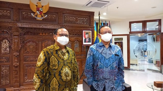Dukung SDM Unggul, Unair - Pelindo III Jalin Kersajama Bidang Industri