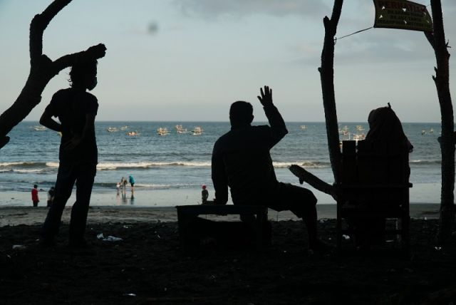 FOTO: Sepinya Wisatawan Pantai Grajakan Banyuwangi