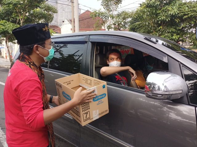 Peduli Bencana, PSI Surabaya Galang Donasi