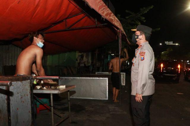 PPKM Darurat Bakal Diterapkan, Batasi Keramaian Hanya Sampai Jam 5 Sore