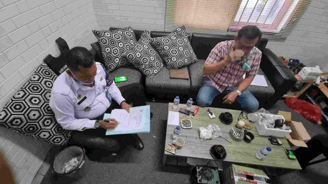 Disembunyikan di Dalam Speaker Aktif, Berbagai Jenis Narkoba Diselundupkan ke Lapas Surabaya