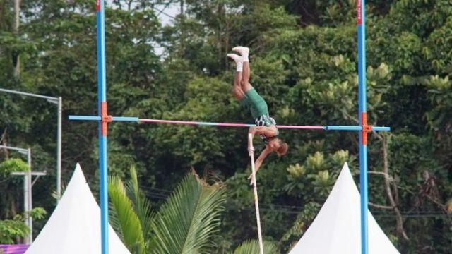 Bertahan 21 Tahun, Rekor Lompat Galah PON akhirnya Pecah di Tangan Atlet Jatim Teuku Tegar Abadi