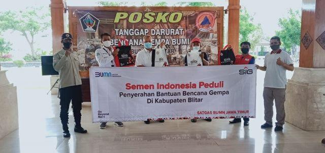 Semen Indonesia Salurkan Bantuan kepada Korban Gempa