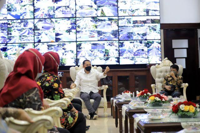 Wali Kota Surabaya Eri Cahyadi Minta Dewan Pendidikan Koreksi Kebijakan Edukasi Pemkot