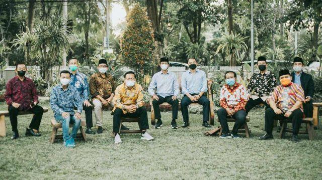10 Pimpinan Parpol Parlemen Bertemu Wali Kota Surabaya Eri Cahyadi, Ini Isi Kesepakatan Mereka