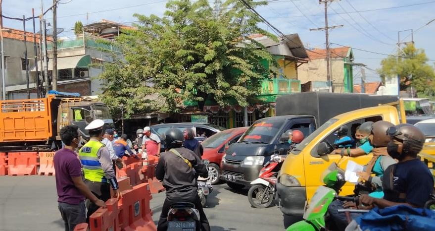 Catat, Daftar Wilayah PPKM Level 3 dan 4 di Jawa dan Bali